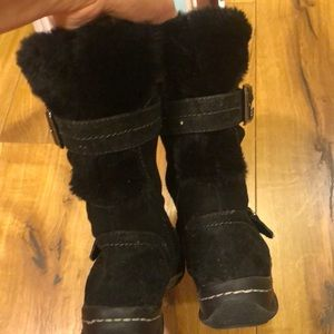 Earth Spirit Shoes - Suede boots w/ fur trim
